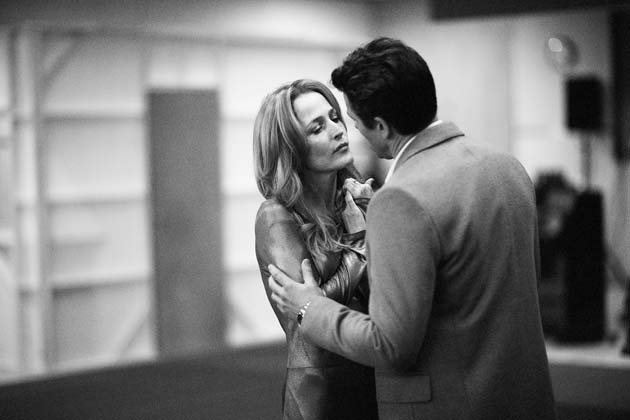 Gillian Anderson & Julian Ovenden. © Jan Versweyveld