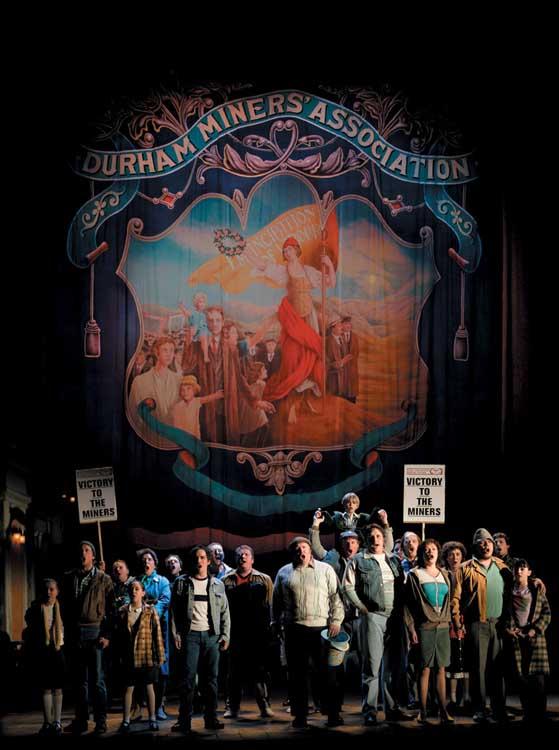 Billy Elliot the Musical, photo by David Scheinmann