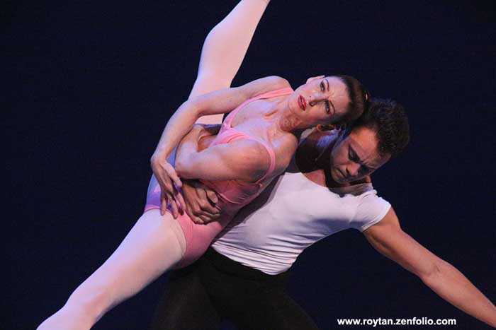 Kathleen Breen Combes and Paulo Arrais - Boston Ballet at the London Coliseum