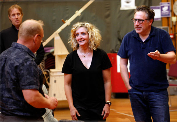 In rehearsals for Exit the King, Debra Gillett, Partick Marber.  Image by Simon Annand