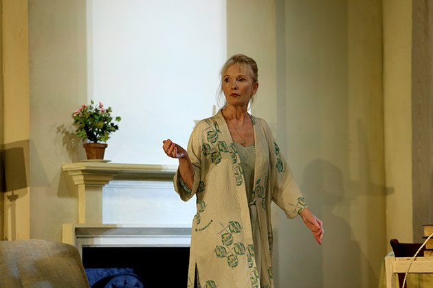 Lindsay-Duncan-Dianain-Hansard-by-Simon-Woods.-image-Catherine-Ashmore