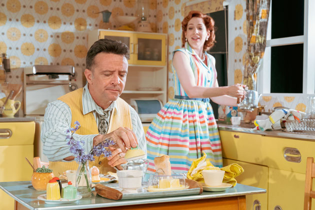 Katherine Parkinson as Judy and Richard Harrington as Johnny in Home, I'm Darling (c) Manuel Harlan