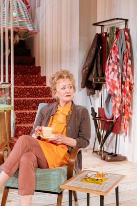 Sian Thomas as Sylvia in Home, I'm Darling (c) Manuel Harlan