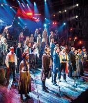 Les-Misérables-The-Staged-Concert-Company-Photograph-Michael-Le-Poer-Trench