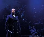 Michael-Ball-as-Javert-Photograph-Matt-Murphy