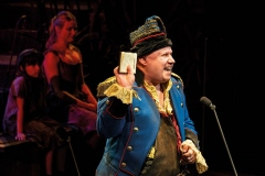 Matt-Lucas-as-Thénardier-Photograph-Michael-Le-Poer-Trench