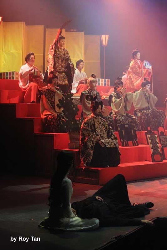 Ninagawa Company Hamlet 4