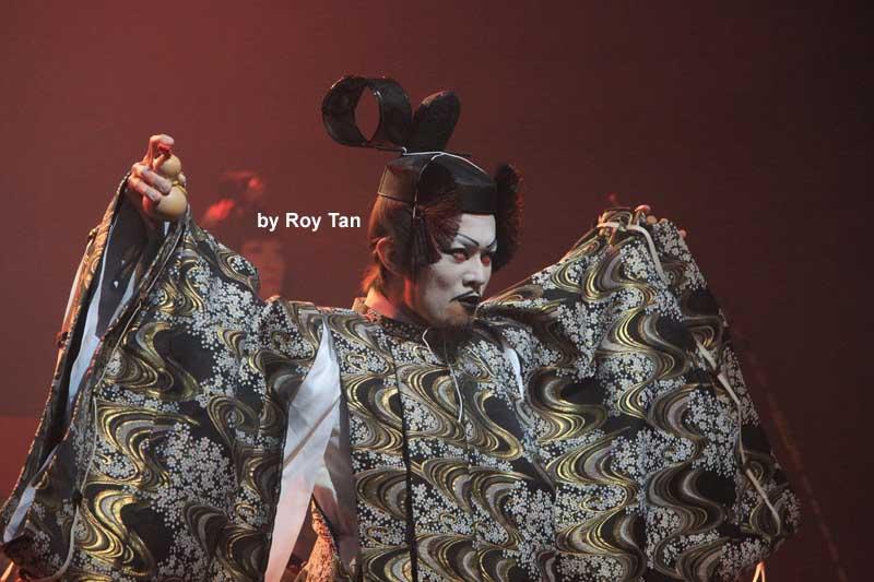 Ninagawa Company Hamlet 9