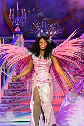 Beverley-Knight-as-The-Fairy-Godmother-Cinderella-at-Birmingham-Hippodrome-Credit-Paul-Coltas