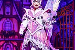 Julian-Clary-in-Dick-Whittington-Photo-Credit-Paul-Coltas