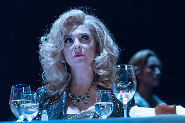 Tracy Ann Oberman in Pinter Six.  © Marc Brenner