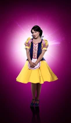 Danielle Hope as Snow White - Photo credit Paul Coltas