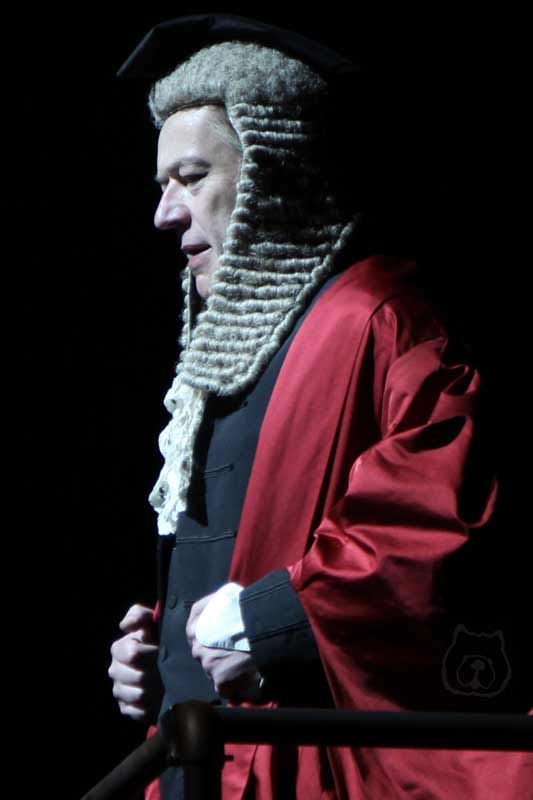 Jonathan Best in Sweeney Todd at the Théâtre du Châtelet, Paris
