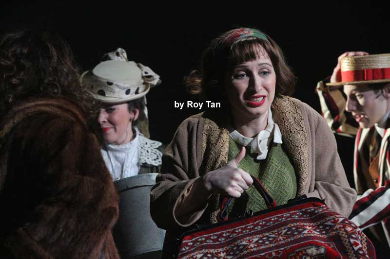 The A-Z of Mrs P at the Southwark Playhouse