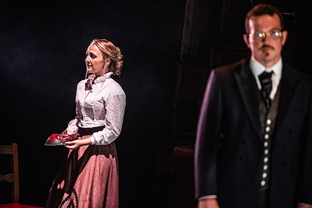 L-R-Paige-Round-Eleanor-Lanyon-and-Ashley-Sean-Cook-Hastings-Lanyon-in-Blackeyed-Theatres-Jekyll-Hyde.-Photo-Alex-Harvey-Brown