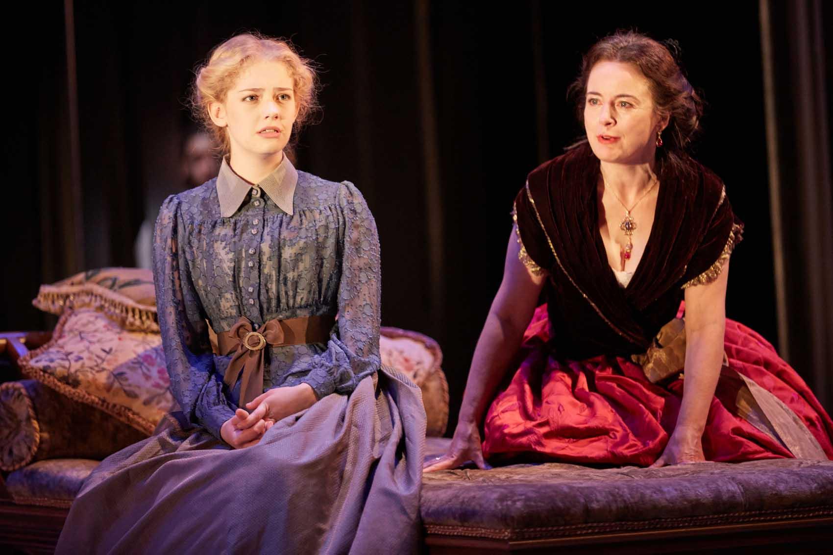 LILY SACOFSKY (Vera) & AMANDA DREW (Natalya)