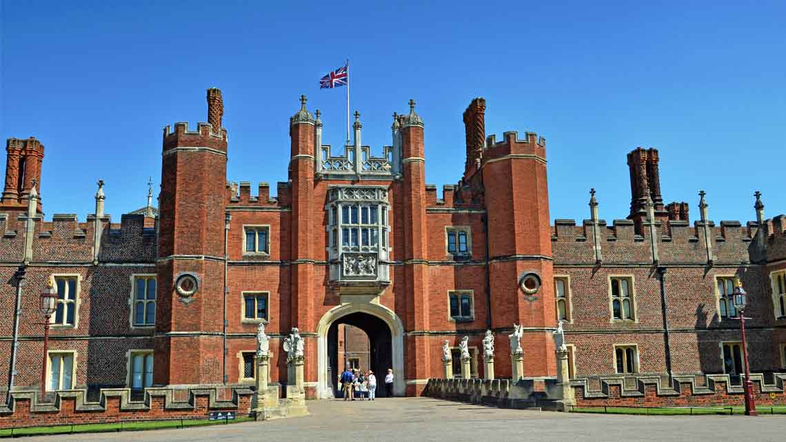 | Hampton Court Palace