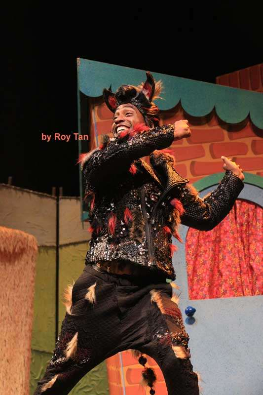 The Three Little Pigs | Palace Theatre | Photo: Roy Tan | Photos: Three Little Pigs at the Palace theatre