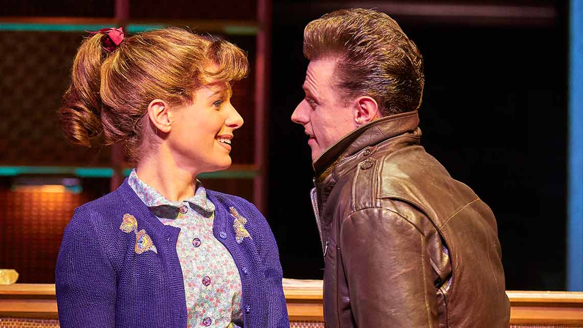 Cassidy Janson (Carole King) and Alan Morrissey (Gerry Goffin). Photo Brinkhoff Moegenburg. | Cast update for Beautiful The Carole King Musical