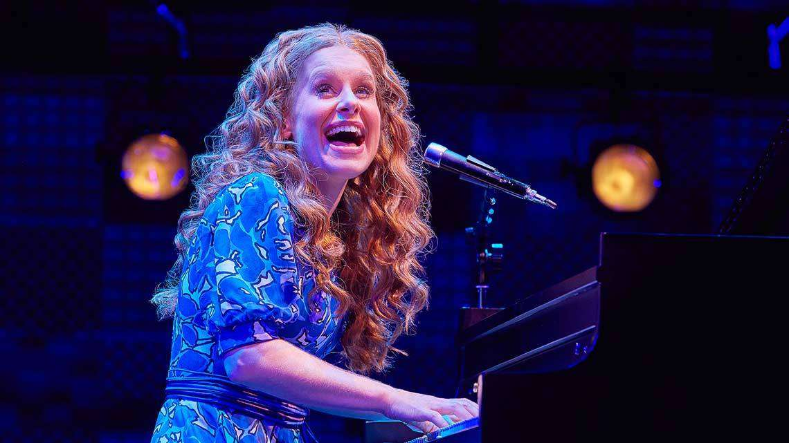 Cassidy Janson (Carole King) in Beautiful The Carole King Musical. Photo Credit Brinkhoff Moegenburg. | BEAUTIFUL The Carole King Musical at the Aldwych Theatre