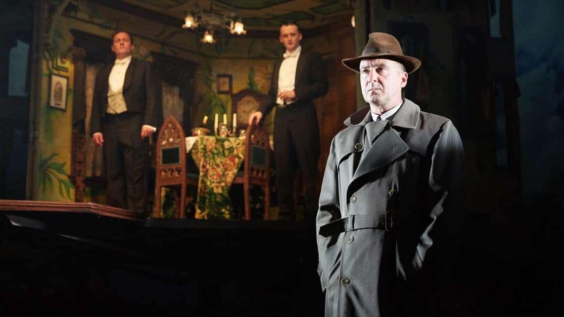 An Inspector Calls | Photo: Mark Douet | An Inspector Calls at the Playhouse Theatre