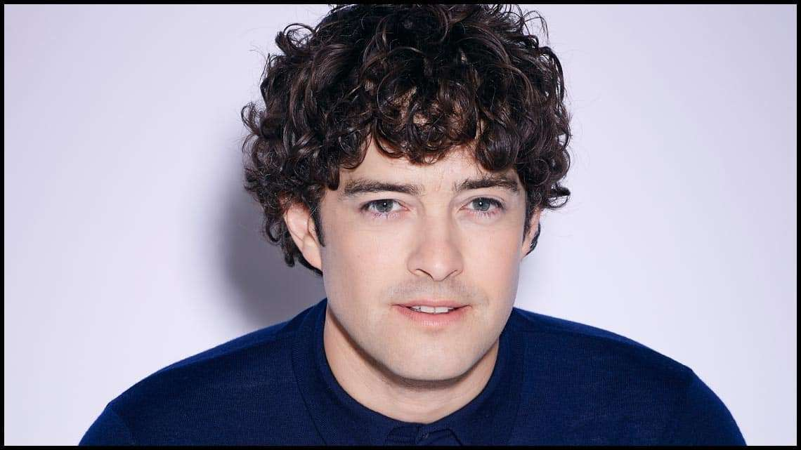 Lee Mead to star in Legally Blonde