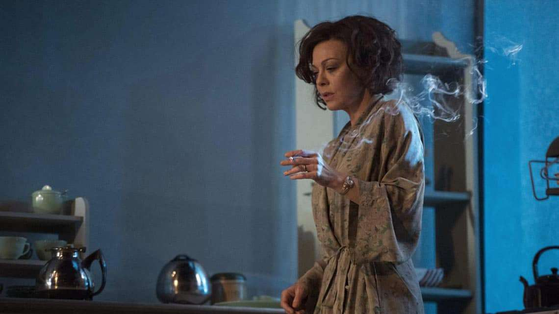 The Deep Blue Sea | National Theatre | Photo: Richard Hubert Smith | Helen McCrory in The Deep Blue Sea