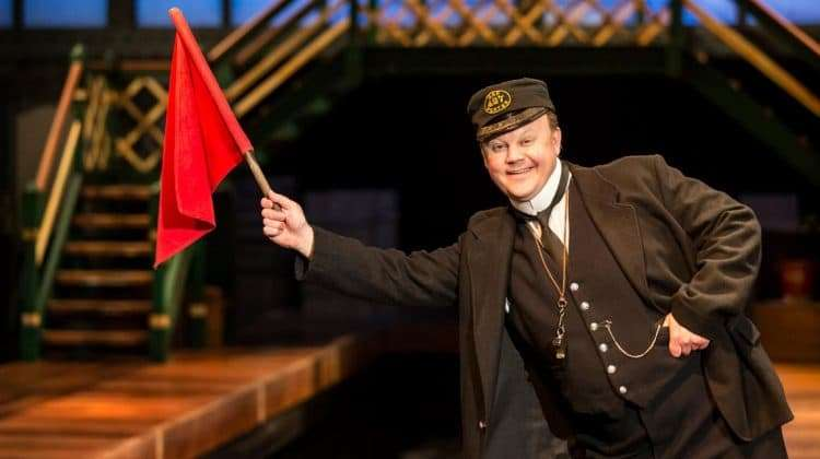 Justin Fletcher as Mr Perks | Photo by: Johan Persson