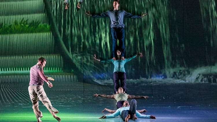 | Motionhouse – Scattered at the Peacock Theatre