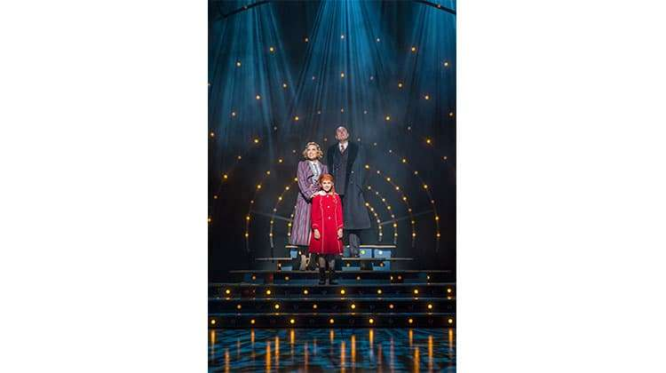 Annie (Piccadilly Theatre ). Photo Paul Coltas | First Look: Miranda Hart in Annie