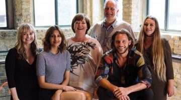 Cast of rita, sue and bob at the royal court theatre