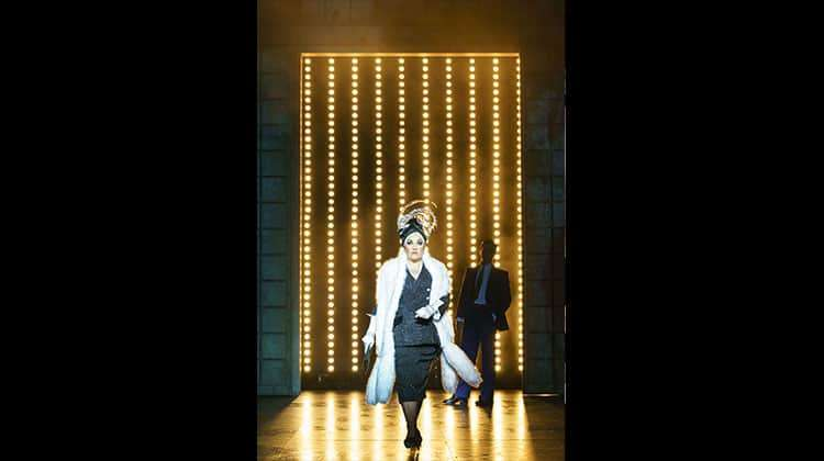 | Photos: Sunset Boulevard on tour