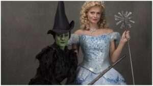 Alice Fearn (Elphaba) & Sophie Evans (Glinda). Wicked, Apollo Theatre.