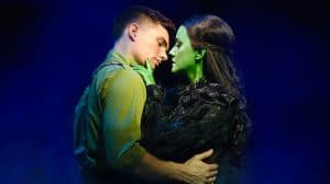 David Witts (Fiyero) and Alice Fearn (Elphaba) in Wicked