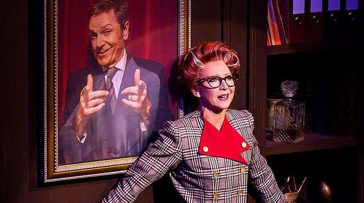 Bonnies Langford as Roz. Photo Pamela Raith | 9 to 5 The Musical