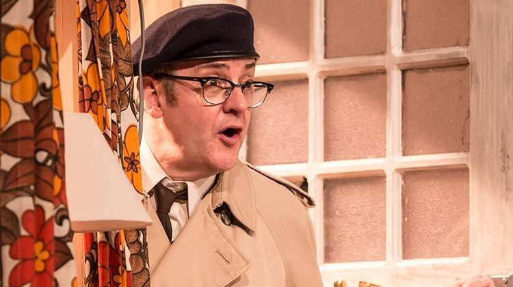 Joe Pasquale as Frank Spencer